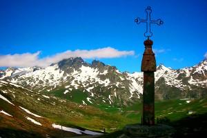 the col de la croix de fer